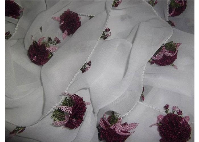 En yeni iğne oyası çiçek modelleri