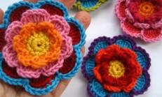 3 Katlı Örgü Çiçek Motifi Yapımı
