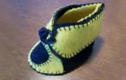 Keçeden Ayakkabı Görünümlü Bebek Patiği Nasıl Yapılır ?