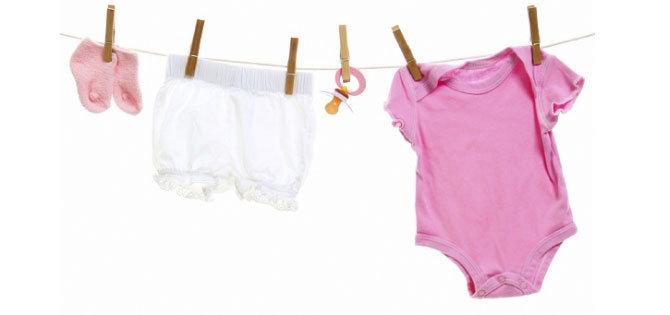 bebek-kiyafetleri-nasil-temizlenir