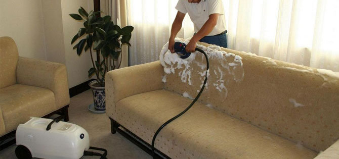 deri-koltuklari-temizleme-sekli